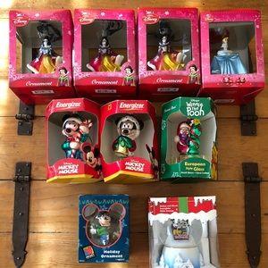 Disney Christmas Bundle